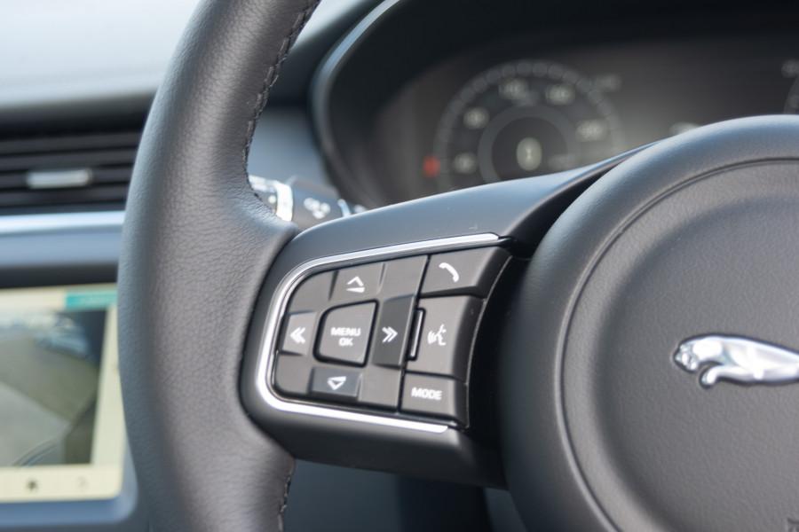2019 Jaguar E-PACE X540 E-PACE Suv Mobile Image 21