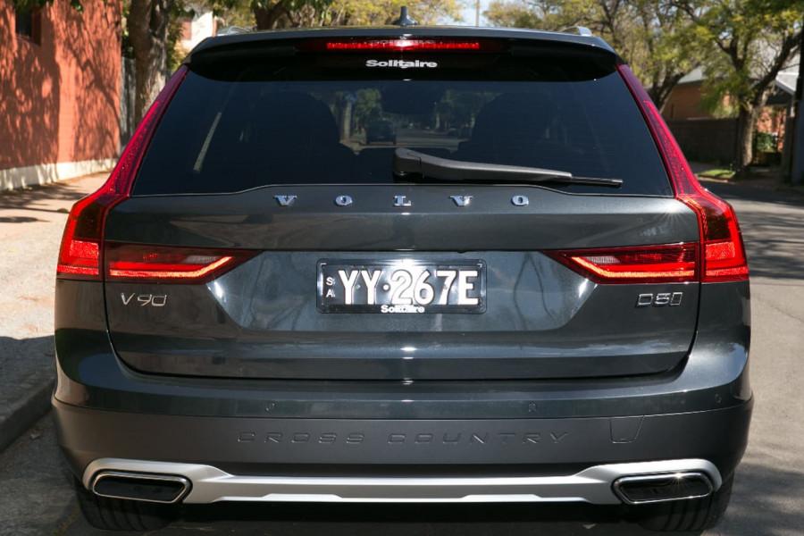 2016 MY17 Volvo V90 Cross Country D5 Inscription Wagon
