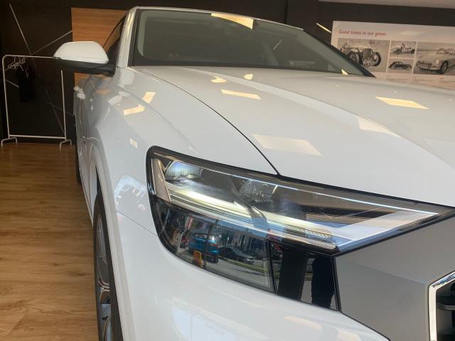 2019 Audi Q8 4M MY19 55 TFSI Suv Image 8