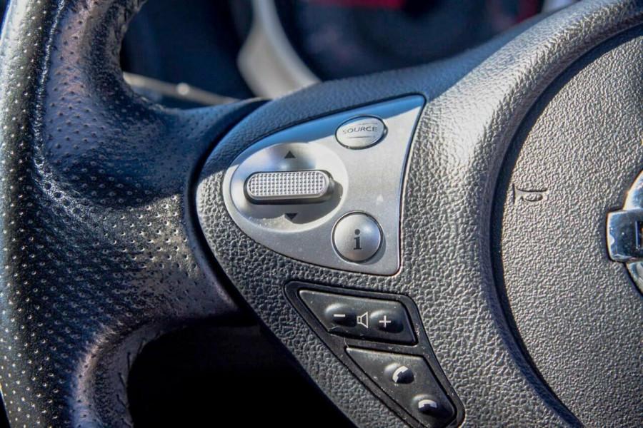 2014 Nissan Juke F15 ST (FWD) Suv Image 13