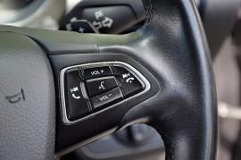 2016 Ford Escape ZG AMBIENTE Suv image 10