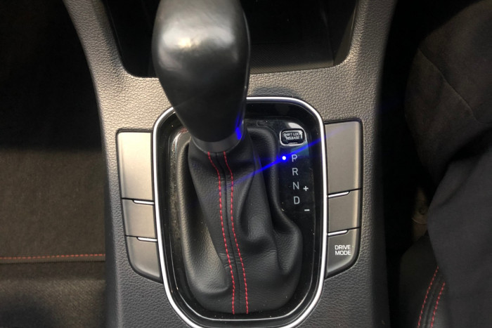 2017 Hyundai i30 GD4 Series II SR Hatchback Image 18