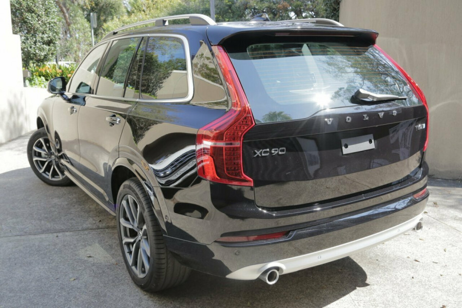 2018 Volvo XC90 L Series T6 Geartronic AWD Momentum Wagon