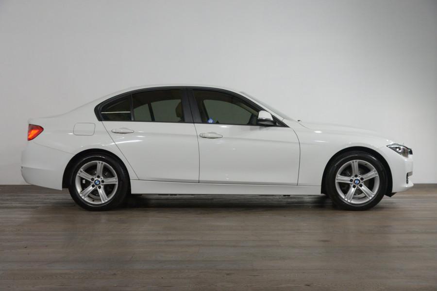 2012 BMW 3 20i