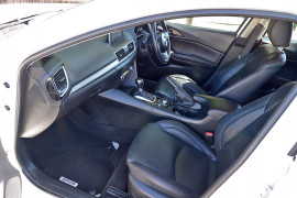 2014 Mazda 3 BM5438 SP25 Hatchback image 13