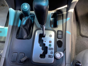 2004 Toyota Landcruiser UZJ100R Kakadu Suv