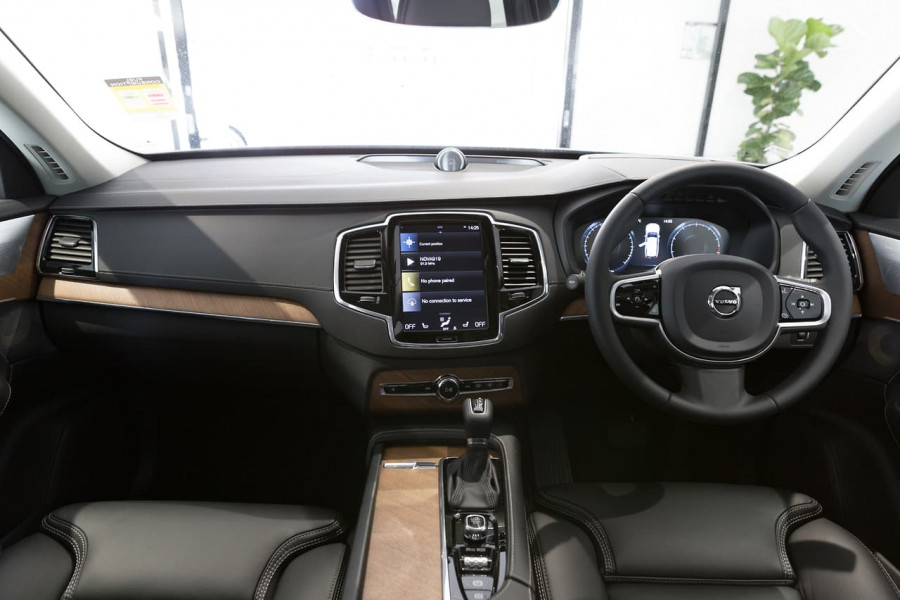 2019 Volvo XC90 L Series T6 Inscription Suv Image 6