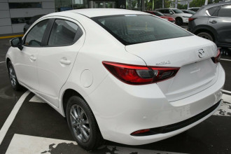 2021 MY20 Mazda 2 DL Series G15 Pure Sedan Sedan Image 2