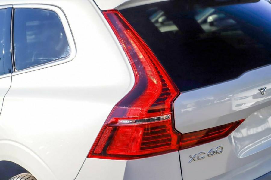 2019 Volvo XC60 UZ D5 R-Design Suv Mobile Image 20