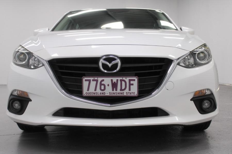 2015 Mazda 3 Maxx Image 2