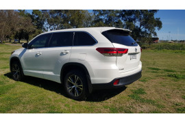 2017 Toyota Kluger 9T871001A-001 9T871001A Suv Image 5