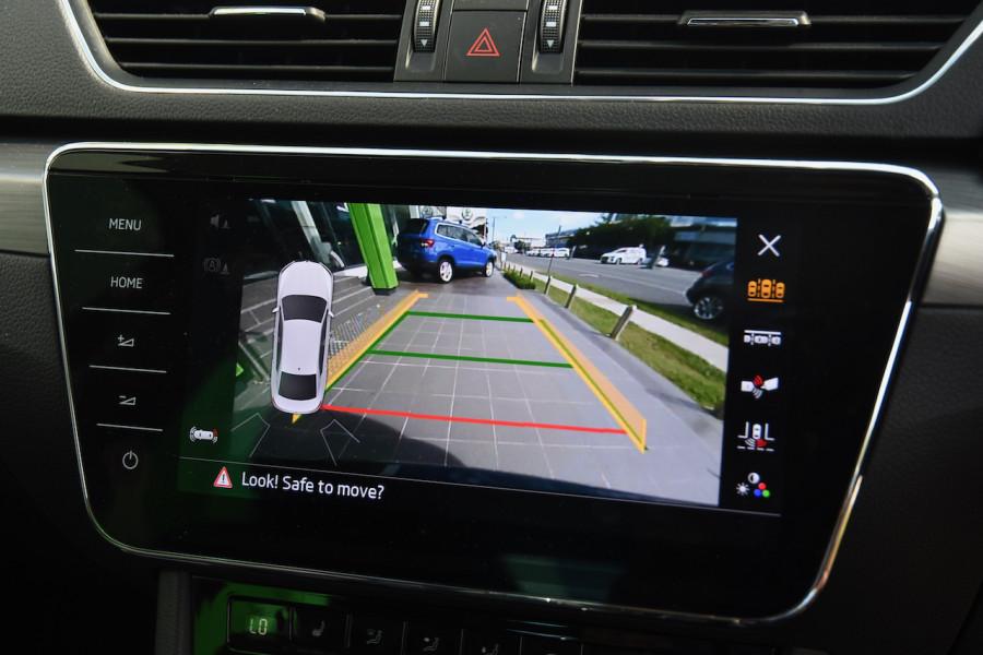 2019 Skoda Superb NP 162TSI Sedan Sedan Image 17