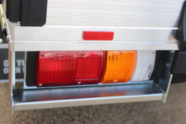 2020 MY19 Isuzu UTE D-MAX SX Single Cab Chassis High-Ride 4x2 Cab chassis - single cab Mobile Image 7