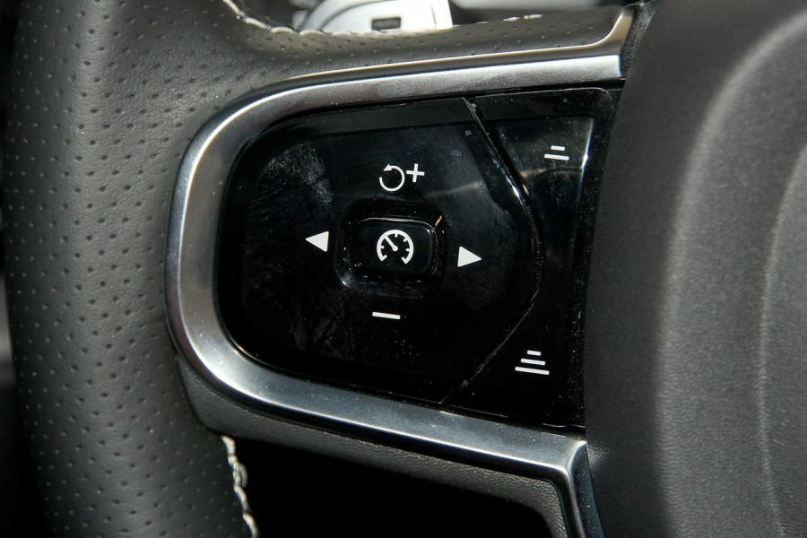 2019 Volvo XC60 UZ D5 R-Design Suv Image 9