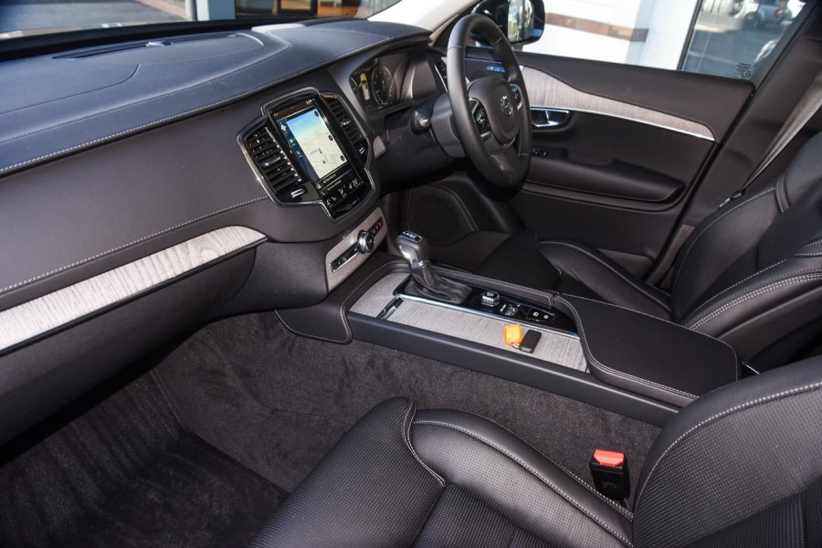 2021 Volvo XC90 L Series T6 Inscription Suv Image 7