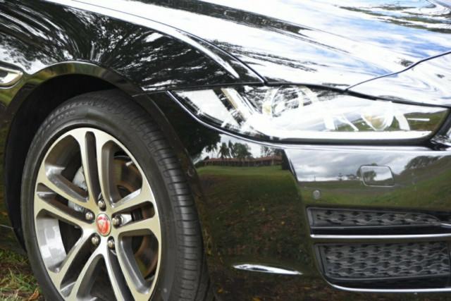 2016 MY17 Jaguar Xe X760 MY17 20d Sedan Image 2
