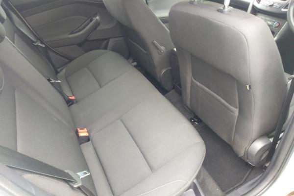 2017 Ford Focus LZ TREND Hatchback Mobile Image 7