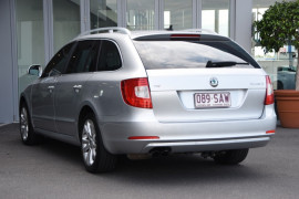 2011 Skoda Superb 3T MY11 Ambition Wagon Image 3