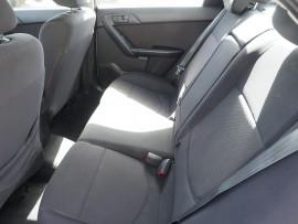 2009 Kia Cerato TD MY09 S Sedan Image 5