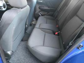 2015 Honda Civic 9th Gen Series II VTi-S Hatchback image 31