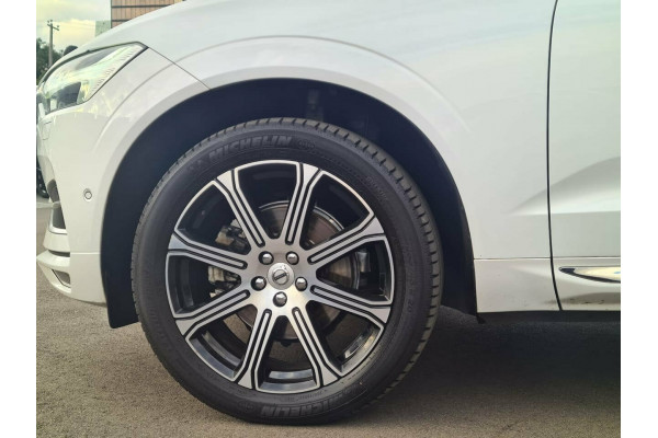 2017 MY18 Volvo XC60 UZ MY18 T5 AWD Inscription Suv