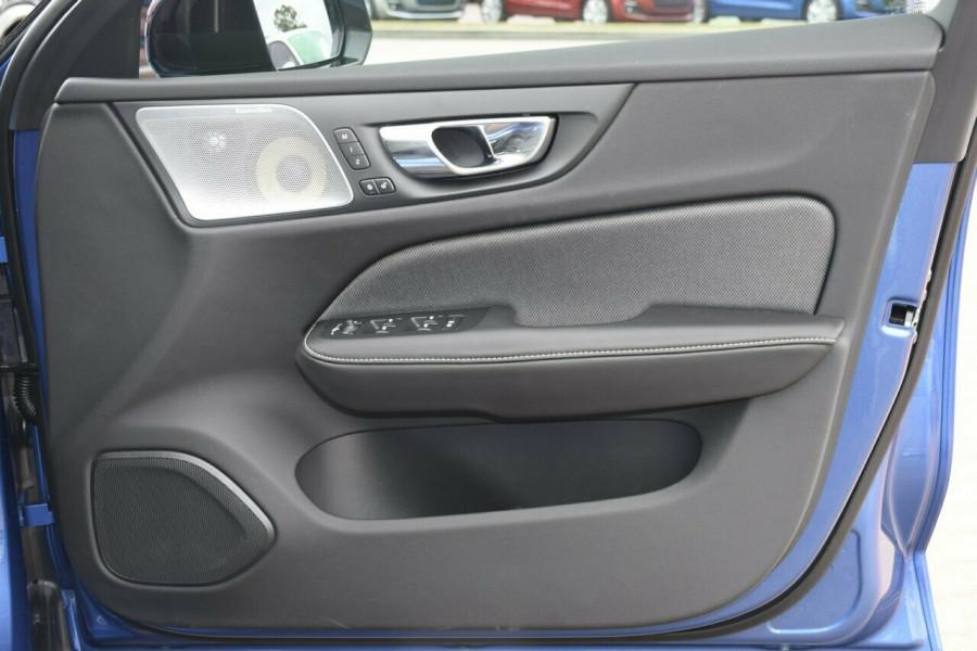 2019 MY20 Volvo V60 T5 R-Design T5 R-Design Wagon Mobile Image 5