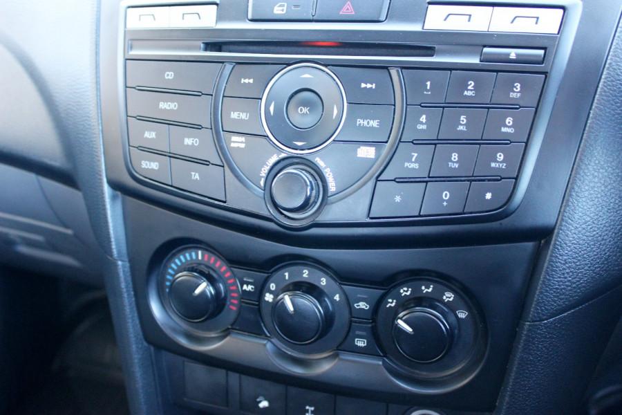 2015 Mazda BT-50 UR0YF1 XT Cab chassis - dual cab Image 16