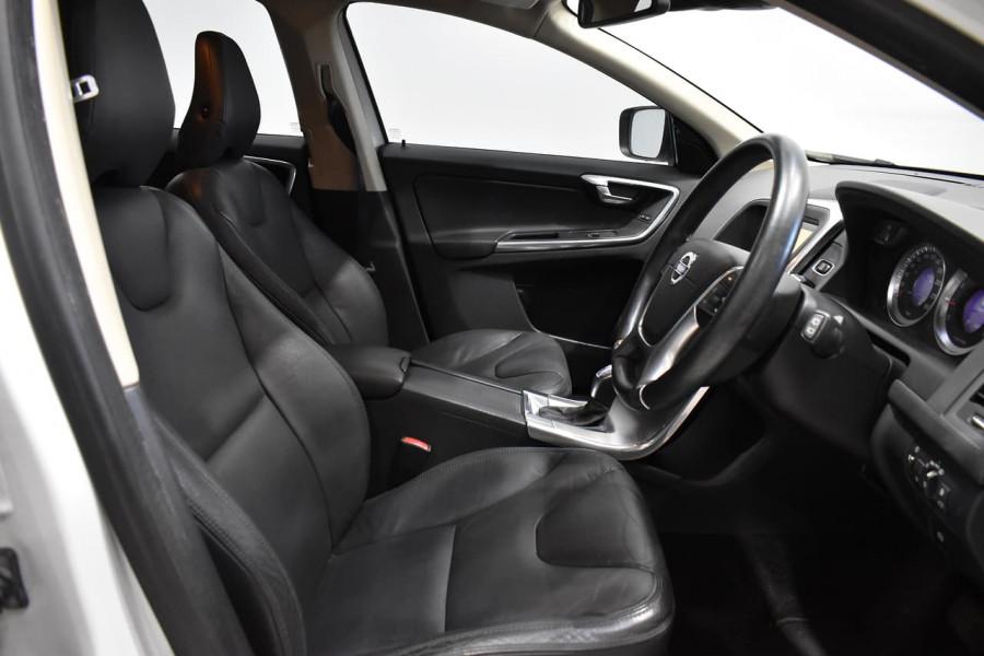 2012 Volvo XC60 (No Series) MY13 T5 Teknik Suv Image 9