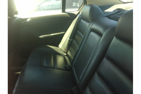 2010 Ford Falcon FG G6E Sedan Image 4
