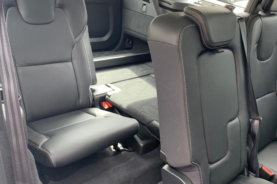 2019 Volvo XC90 L Series D5 Inscription Suv Mobile Image 4