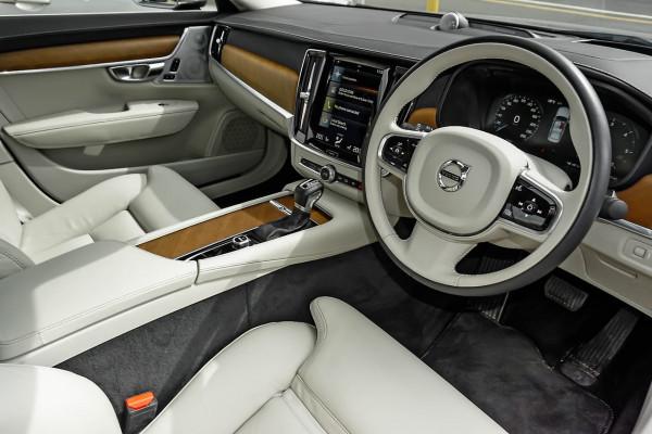 2016 Volvo S90 (No Series) MY17 D5 Inscription Sedan Image 5