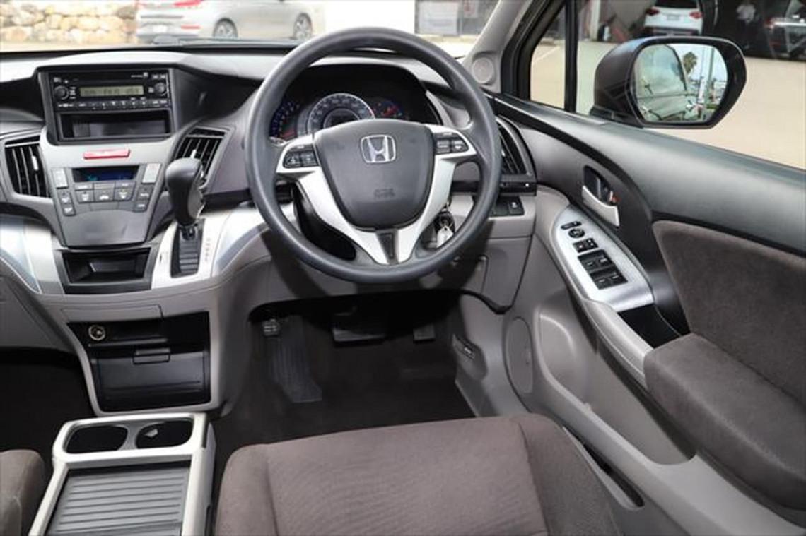 2011 Honda Odyssey 4th Gen MY10 Wagon Image 12
