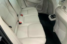 2019 Volvo V90 236 MY19 D5 Cross Country Inscription Wagon