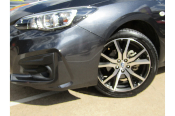 2017 Subaru Impreza G5 2.0i Sedan Sedan Image 2