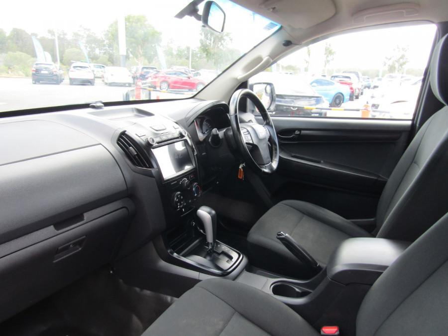 2017 Isuzu Ute D-MAX MY17 SX Cab chassis Image 7