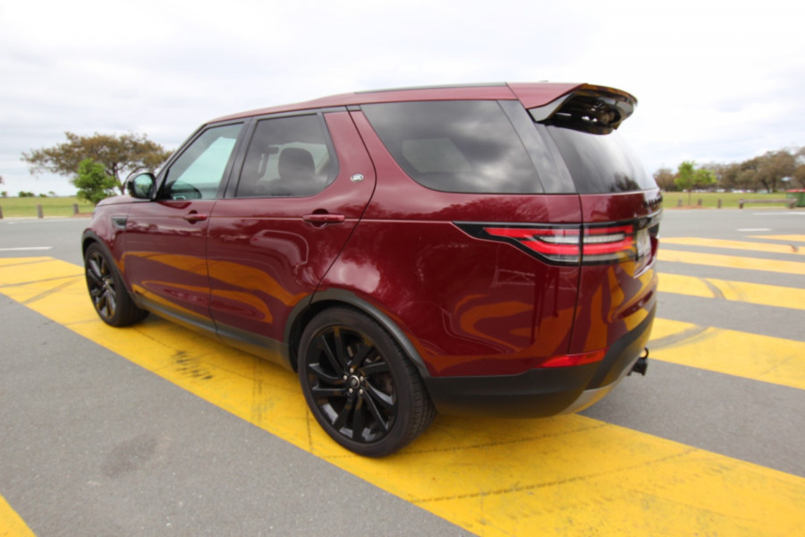 2017 Land Rover Discovery Vehicle Description.  5 L462 MY17 SD4 HSE WAG SA 8sp 2.0DTT SD4 Suv Image 3