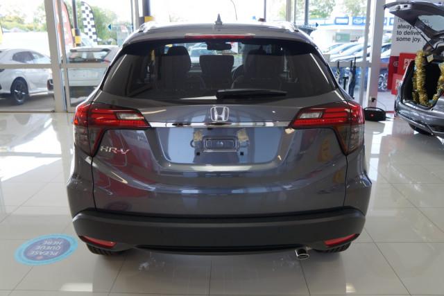 2020 MY21 Honda HR-V VTi-LX Suv Image 3