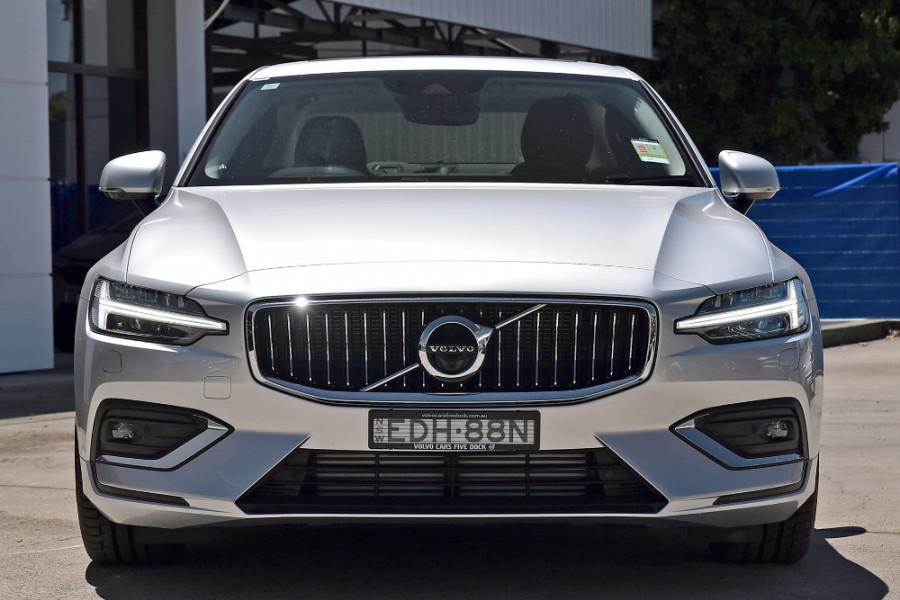 2020 Volvo S60 Z Series T5 Inscription Sedan Mobile Image 7