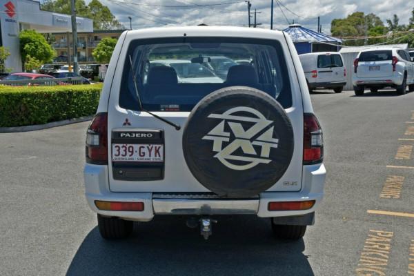 2002 Mitsubishi Pajero NP GLX Suv Image 4