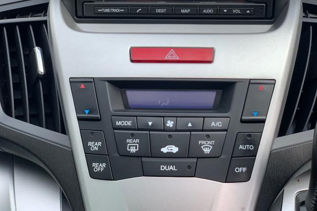 2011 Honda Odyssey Luxury 34 of 34