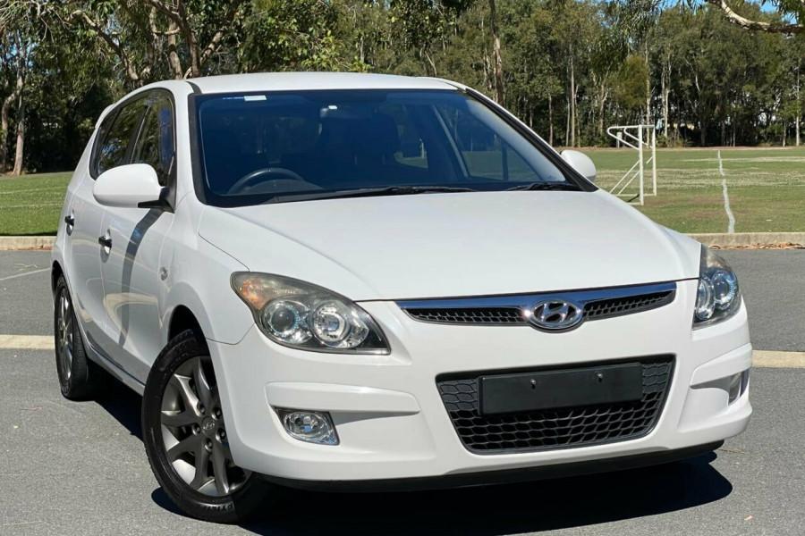 2012 MY11 Hyundai i30 FD MY11 Trophy Hatchback Image 1