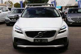 Volvo V40 Cross Country T5 Luxury (No Series) MY16