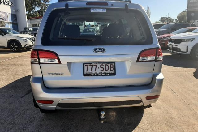 2011 MY10 Ford Escape ZD  Suv Image 4