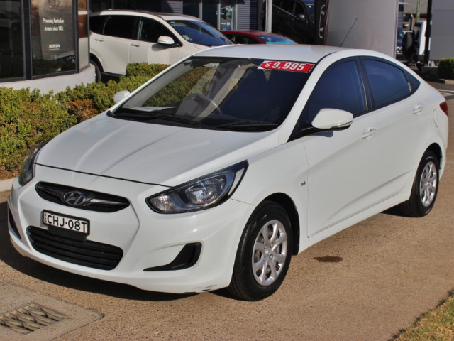 2012 Hyundai Accent RB Active Sedan
