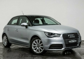 Audi A1 Attraction Sportback S tronic 8X MY14