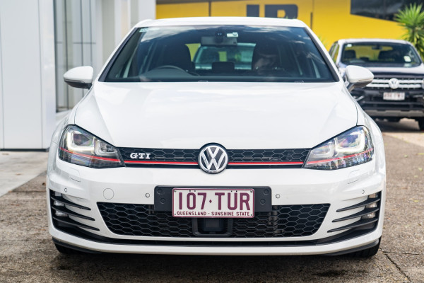 2014 Volkswagen Golf Hatchback Image 4