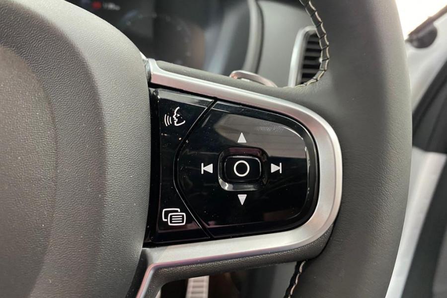 2020 Volvo XC90 L Series D5 R-Design Suv Mobile Image 8
