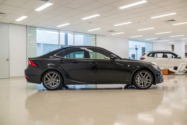 2016 Lexus Is GSE31R 350 F Sport Sedan Image 4
