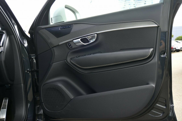 2019 Volvo XC90 L Series T6 R-Design Suv Image 5