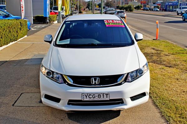 2015 Honda Civic 9th Gen Ser II  VTi-S Sedan Image 3